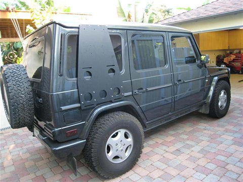 Mercedes-Benz GWagen G500 with mounted Side Utility Rack