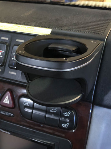 Mercedes G-class W463 cup holder vent mount