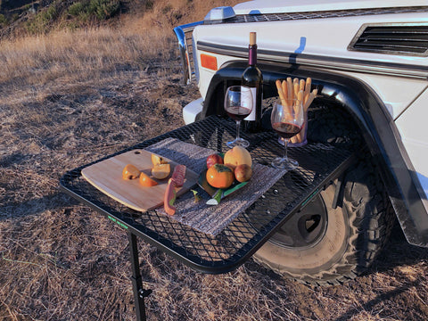 Camping table tire mount Mercedes Gwagon