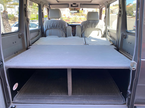 Gwagon W463 cargo platform enhanced storage sleeping platform grey carpet