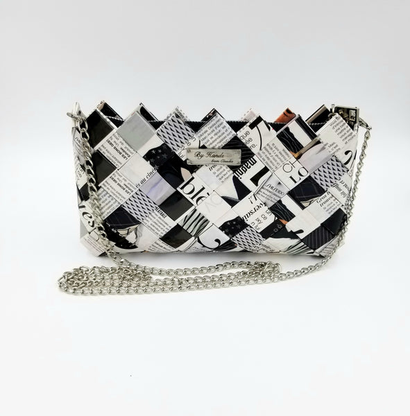 """IRIS"" Purse with Silver Chain Black&White - By Hands from Claudia"