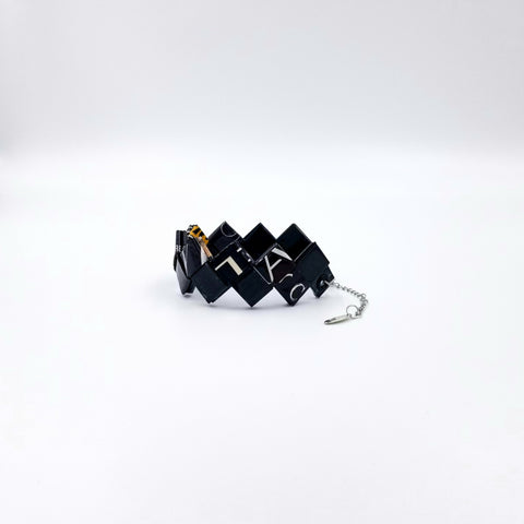 Elena Bracelet/Book Sign - Black - By Hands from Claudia