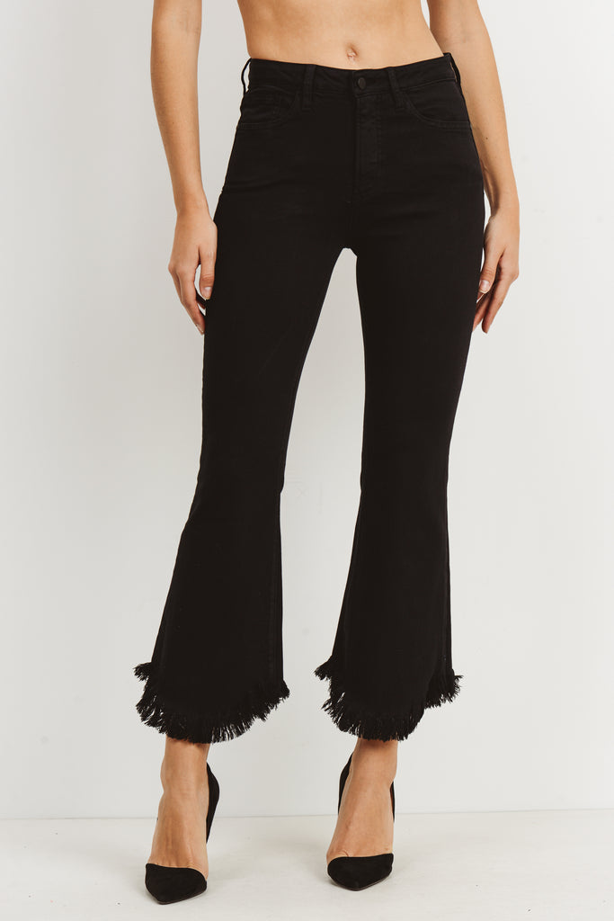 BLACK CROP FLARE WITH HEM CURVE JEANS