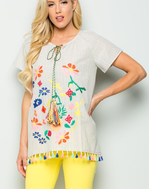 PINEAPPLE EMBROIDERED TASSEL TOP