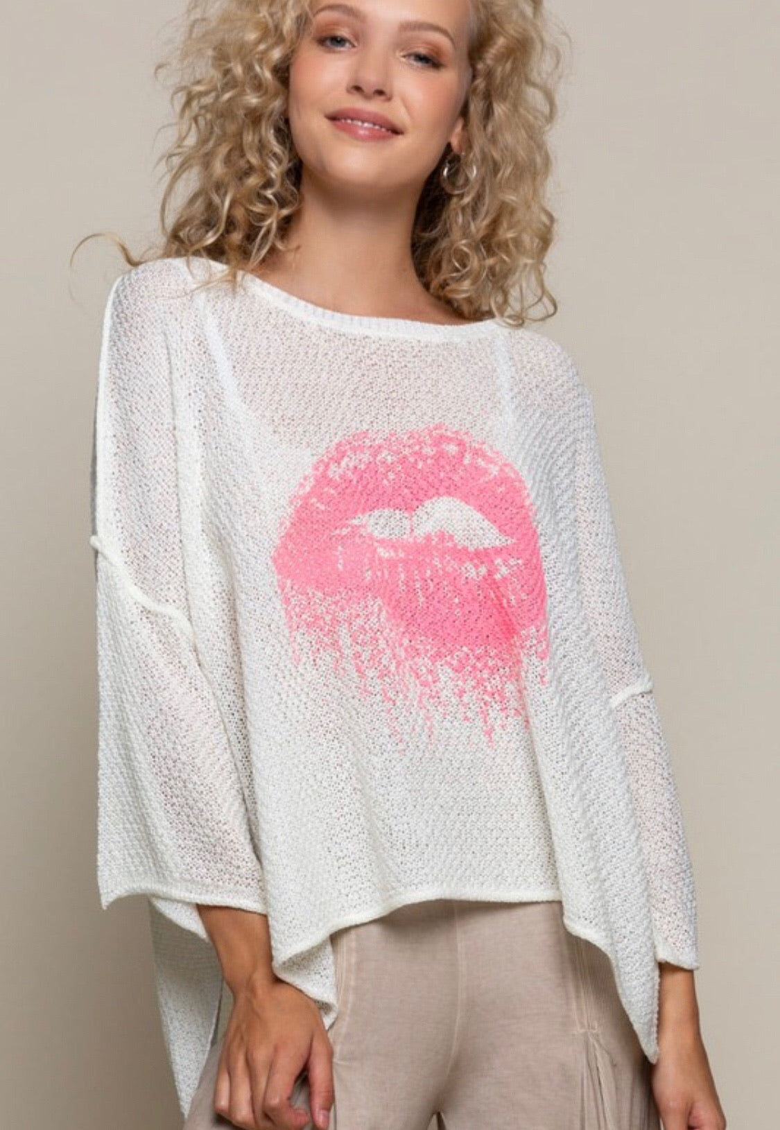BLUSH LIPS LIGHTWEIGHT SWEATER