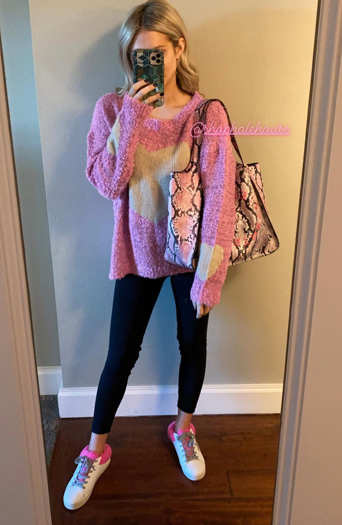 LARGE HEART PINK SWEATER