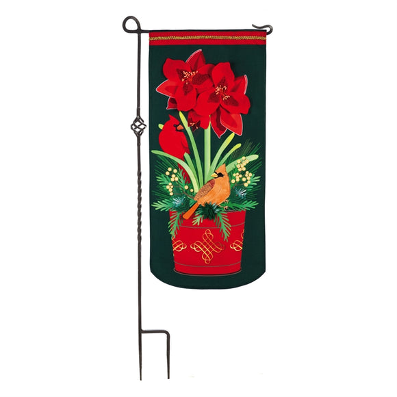 Winter Amarylis Everlasting Impressions Garden Flag Evergreen* Christmas