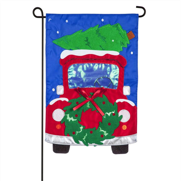 Christmas Wreath Truck Applique Garden Flag Evergreen Christmas*