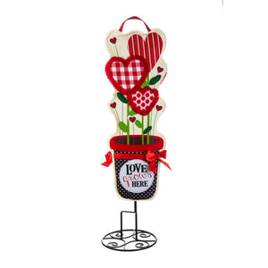 "Valentine Love Grows Statement Stake 36"" - D & D Collectibles"