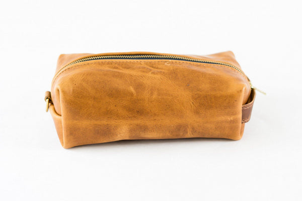 Horween Leather Dopp Kit in Natural Dublin -  - 2