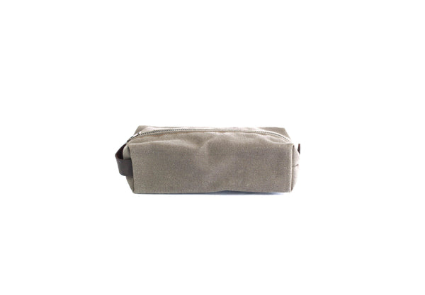 Dopp Kits Grey