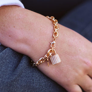 London Lock Bracelet-Wholesale-Pretty-Simple