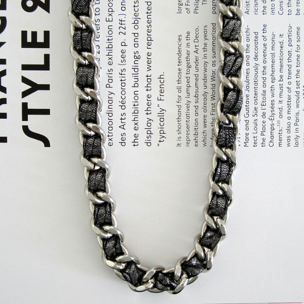 METALLIC COCO NECKLACE