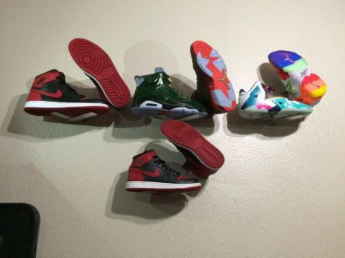 Shoe Rack / Wall Mount / Display For Sneakers To Show Sole Of One Sneaker