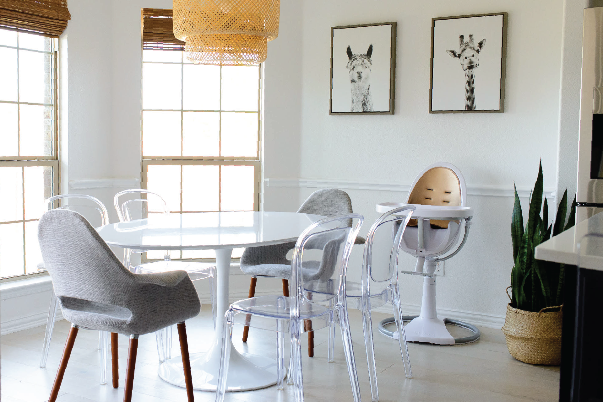 How To Choose: A Dining Chair For Family Dinners