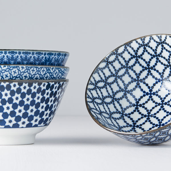 Geometric Flower 4 Piece Bowl Set