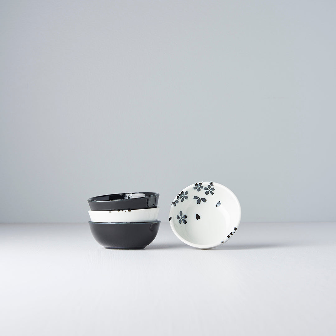 Black & white Sakura Sauce Dish Set