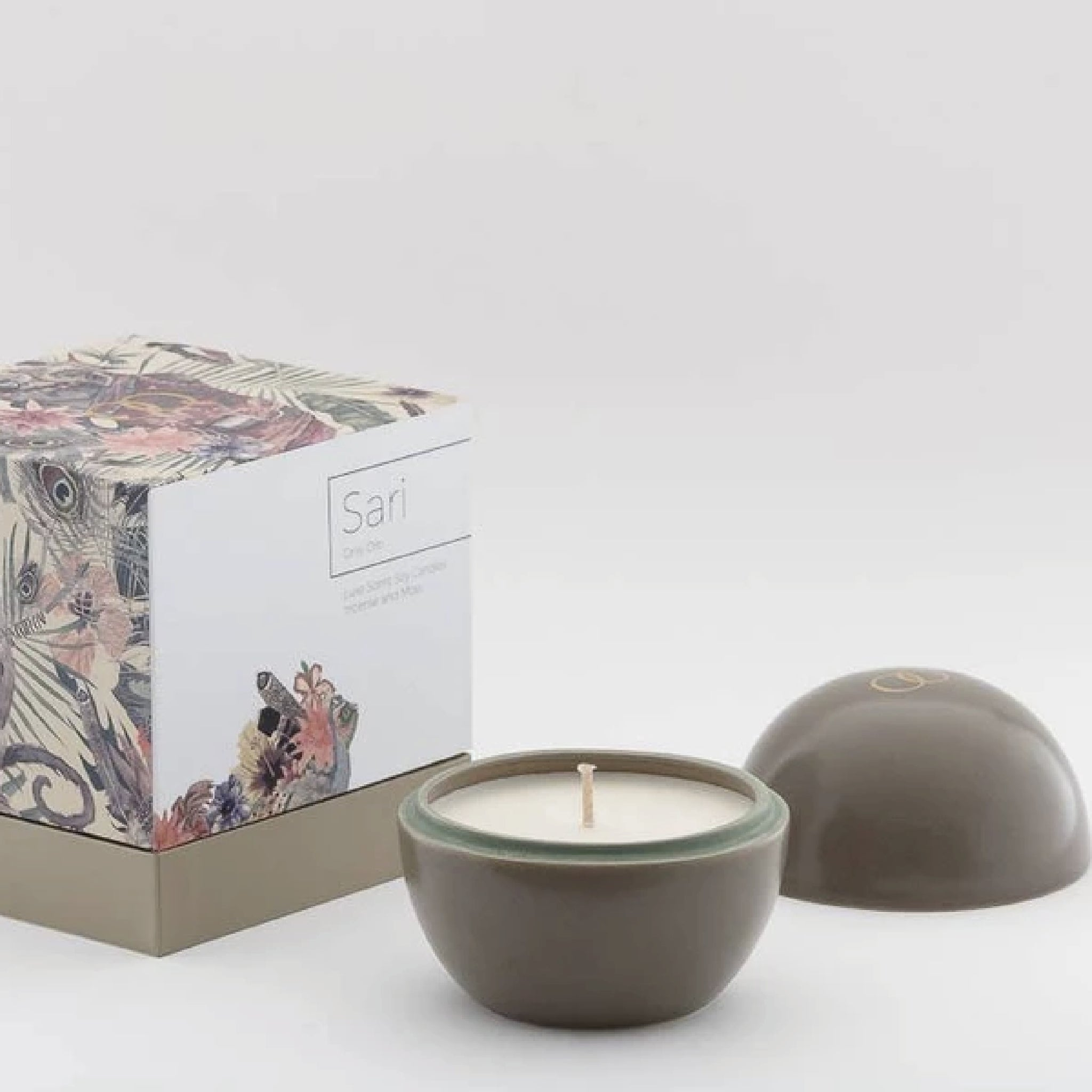 Only Orb SARI - Incense & Moss Candle in Ceramic Orb