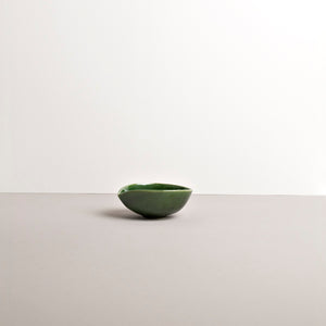 Teardrop Pouring Bowl in Bright Green