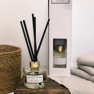 Miller Road Aroma Reed Diffuser in White Woods