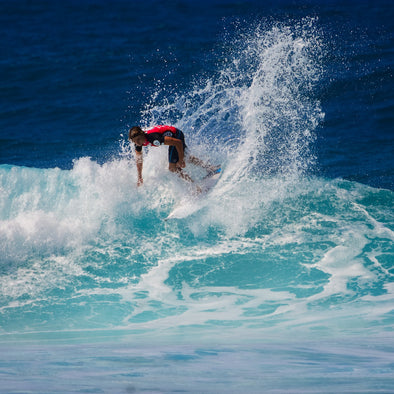 Surfing Tips: How To Do A Bottom Turn