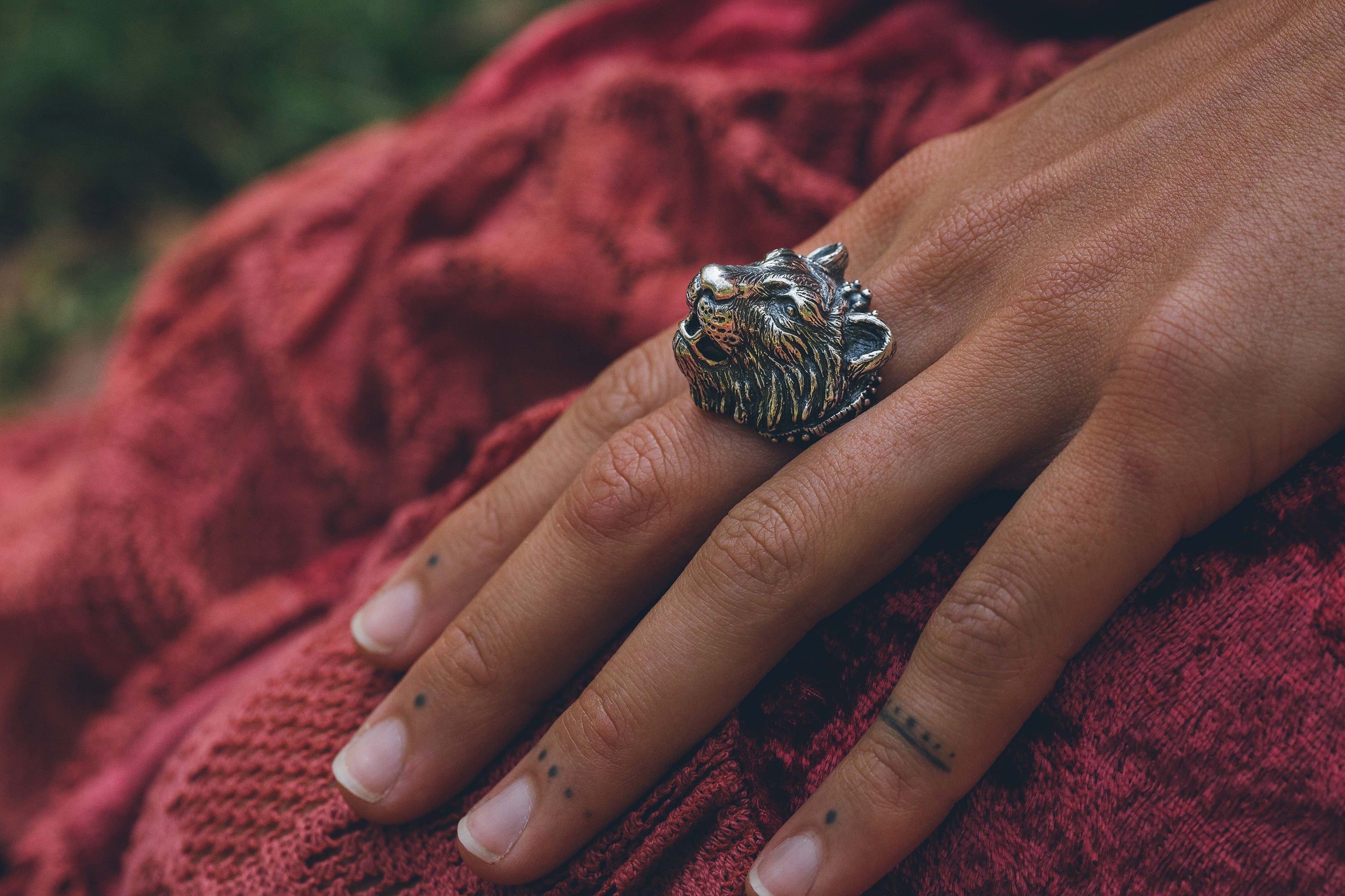 Tiger ring ~ (blackened silver)