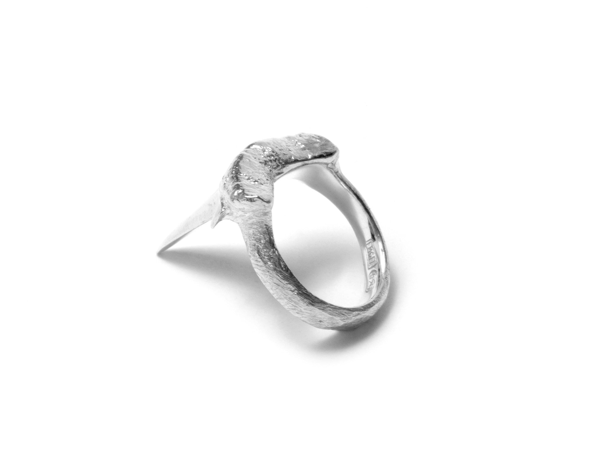 Small sharks tooth ring ~ (polished silver)