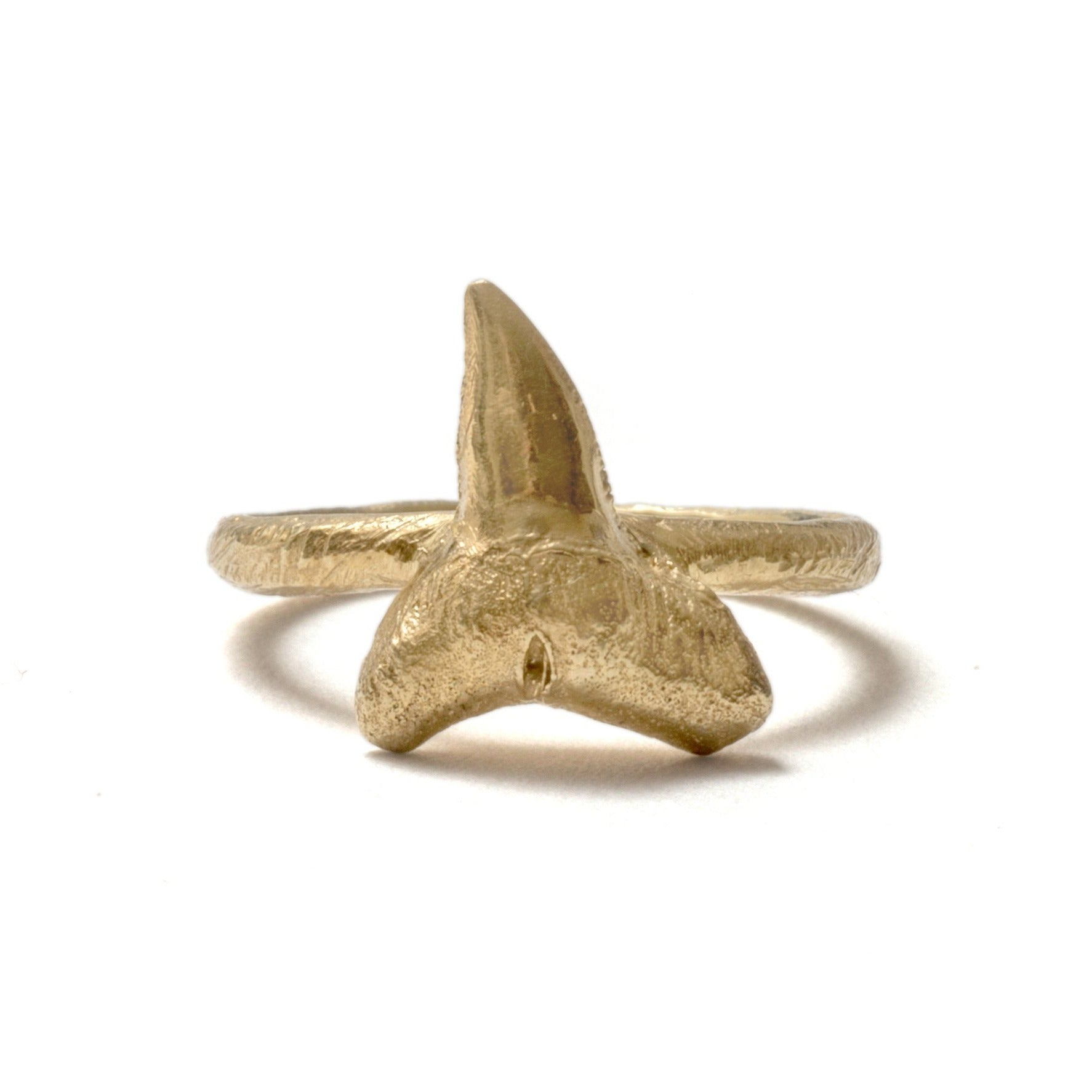 (SALE) Tiny sharks tooth ring ~ Gold