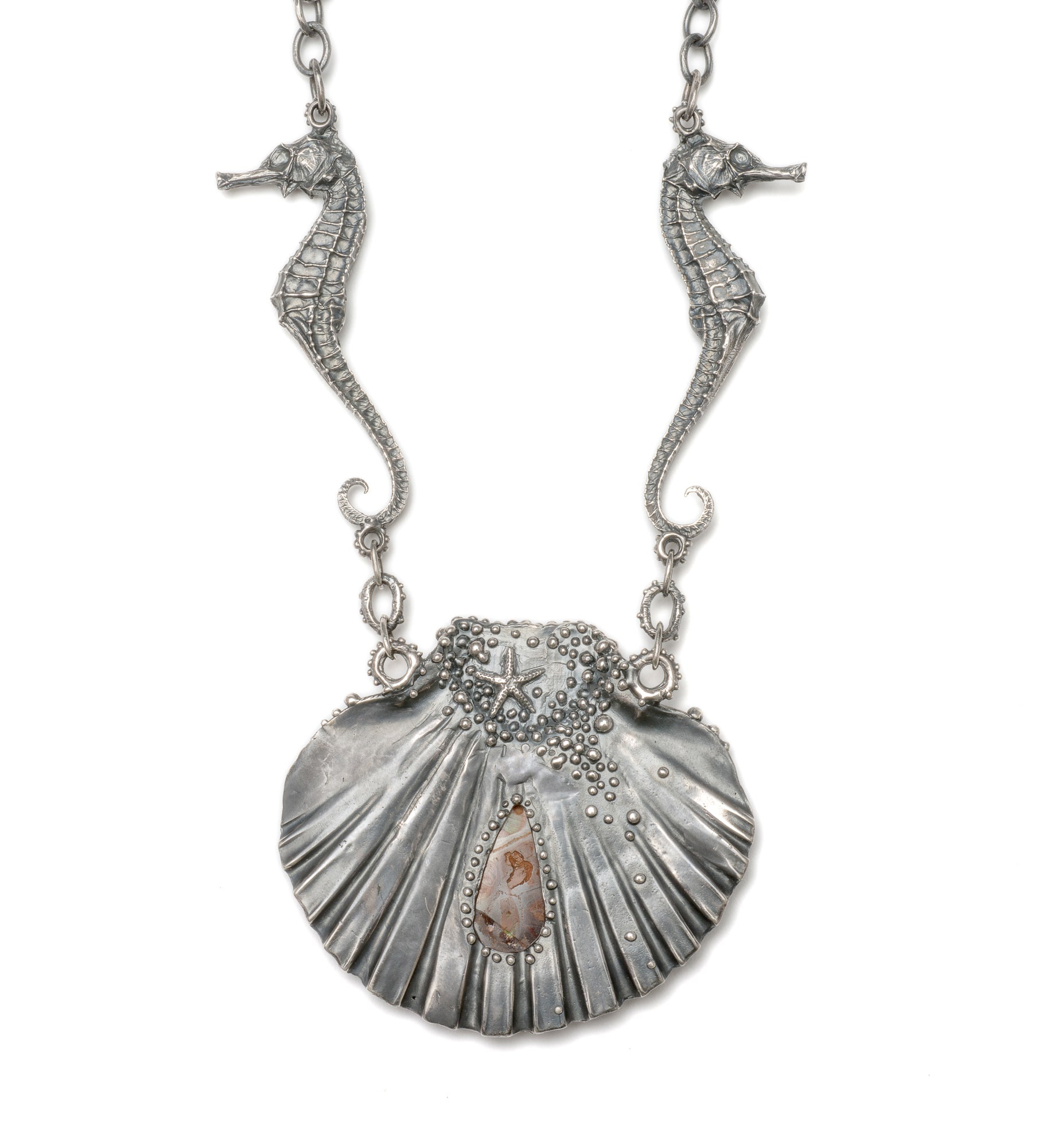 Amphitrites silver heralds necklace