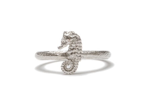 (SALE) Seahorse stacking ring ~ (polished silver)