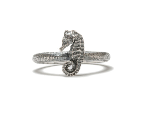 (SALE) Seahorse stacking ring ~ (blackened silver)