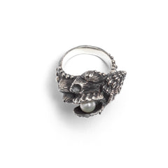 (SALE) Anthemusa ring ~ (blackened silver)