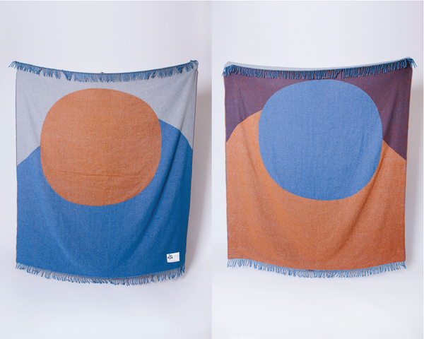 Lune blanket front and back