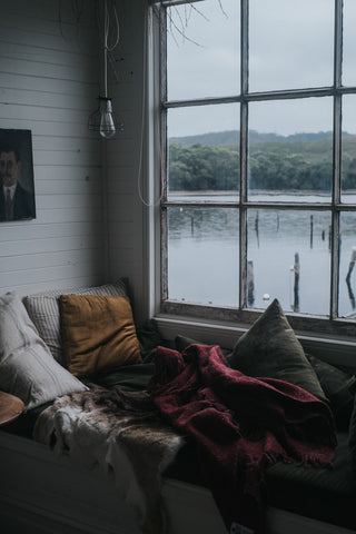 Captains Rest with a Seljak Brand blanket in Tasmania