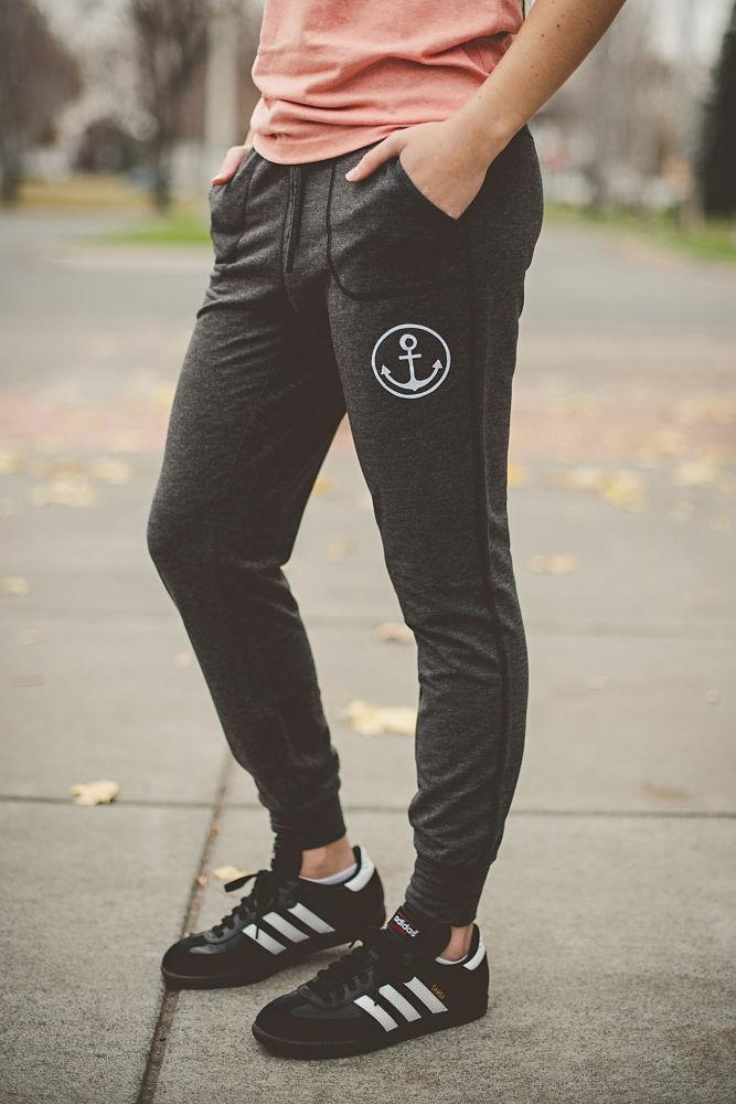 Womens Anchor Jogger