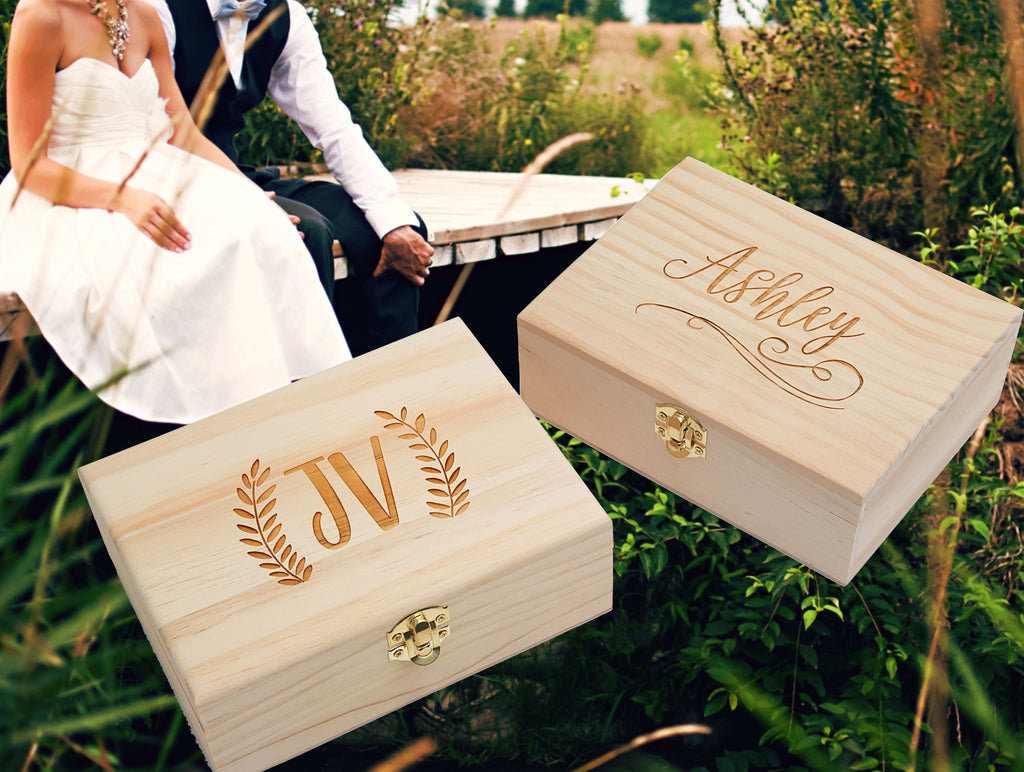 Personalized Wooden Keepsake Gift Box, DARBOX1