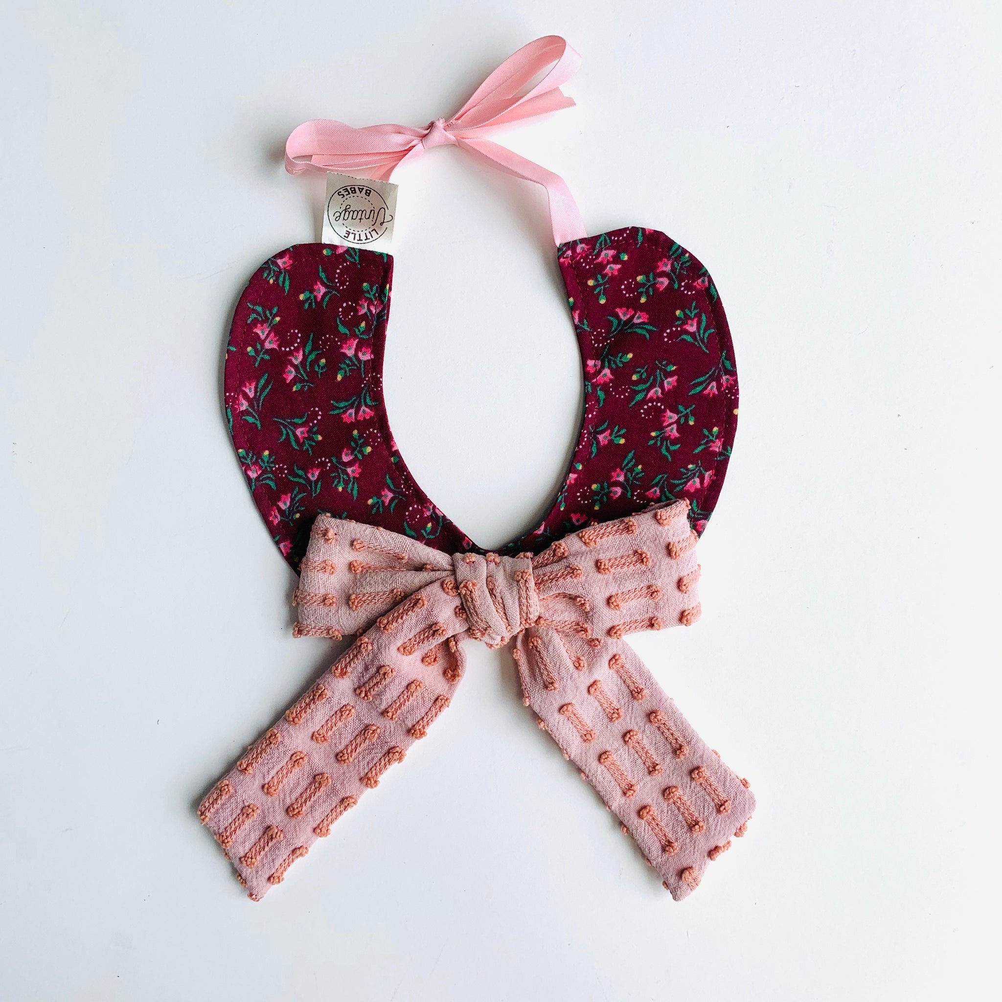 Teacher's Pet Bow Collar