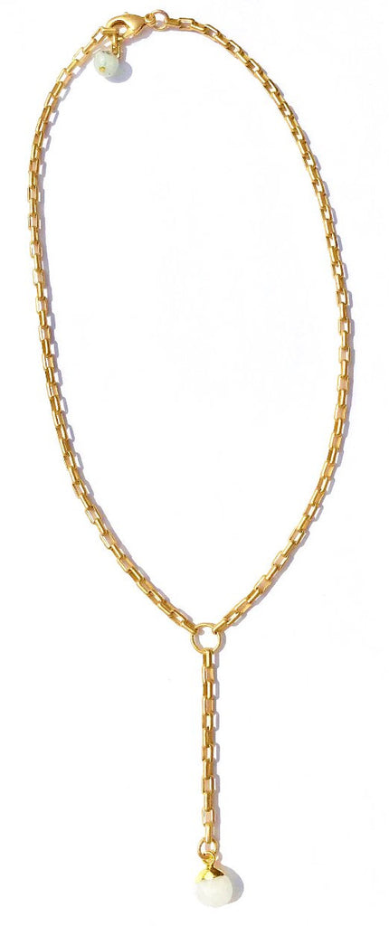 a Lizzie-Matte Gold Chain with Moonstone