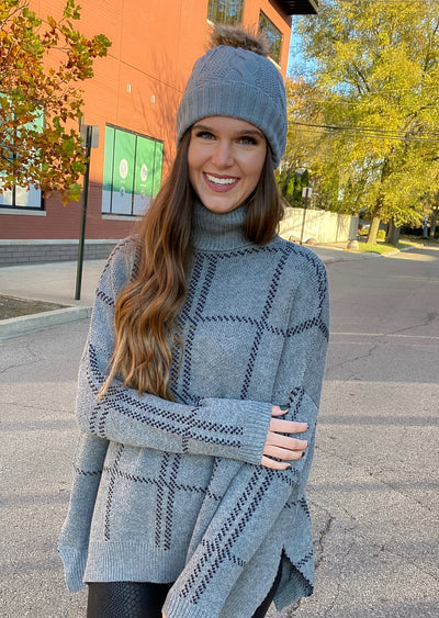 City Stroll Grey Knit Beanie