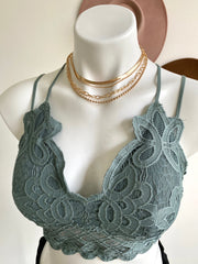 Venice Layered Necklace Set