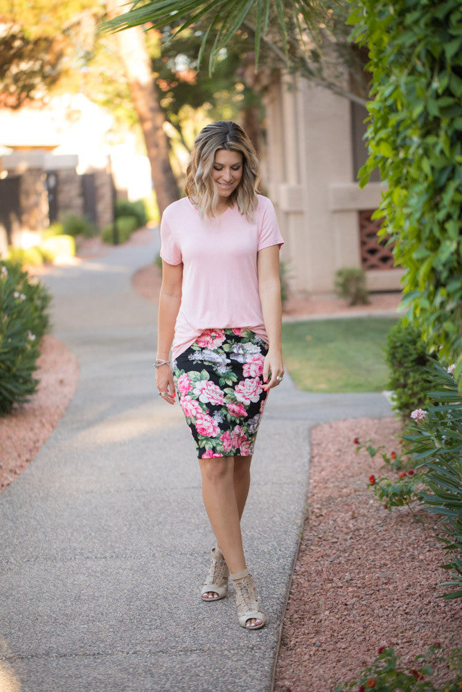 633a27fa79 Pink Floral Pencil Skirt · Pink Floral Pencil Skirt ...