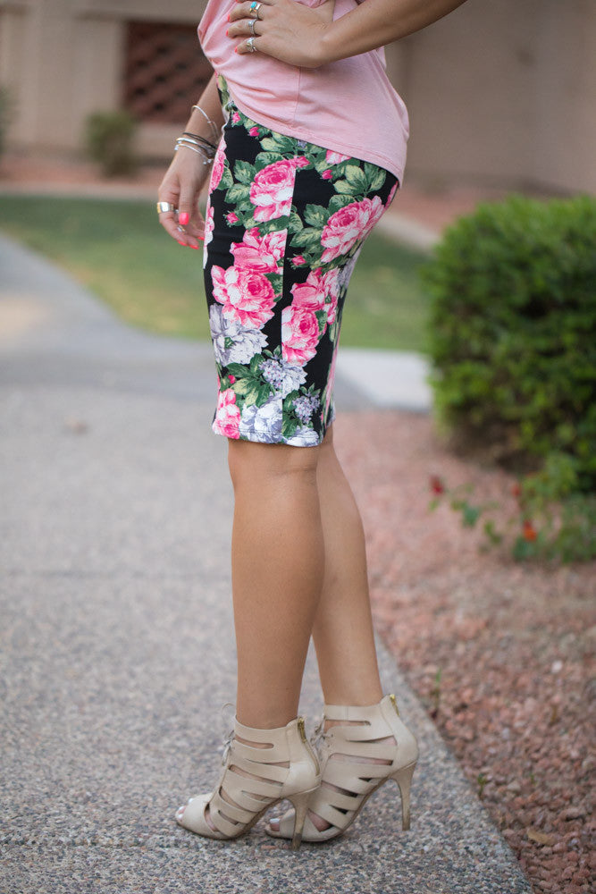227754847f Pink Floral Pencil Skirt – Simply Fate