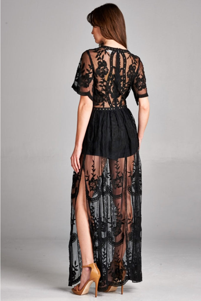 Into the night Lace Maxi Dress-Black - Thread Affair