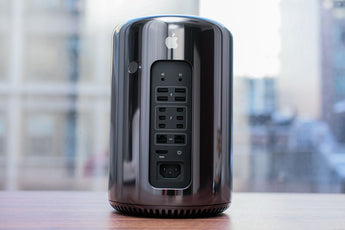"Apple Mac Pro ""Trashcan"" 3.5Ghz E5 32GB 512GB"