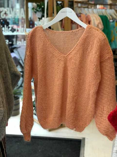 harvestclub-harvest-club-leuven-made-by-vest-sweater-arlette-light-peach