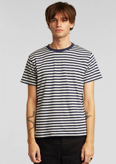 Harvestclub-Harvest-club-Leuven-dedicated-stockholm-t-shirt-stripes-navy