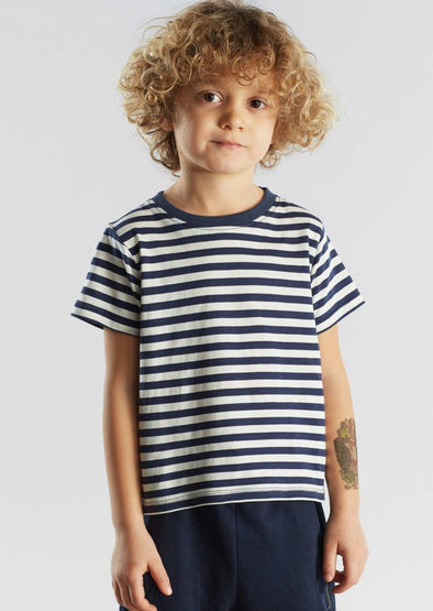 Harvestclub-Harvest-club-Leuven-dedicated-hamra-t-shirt-navy-stripes