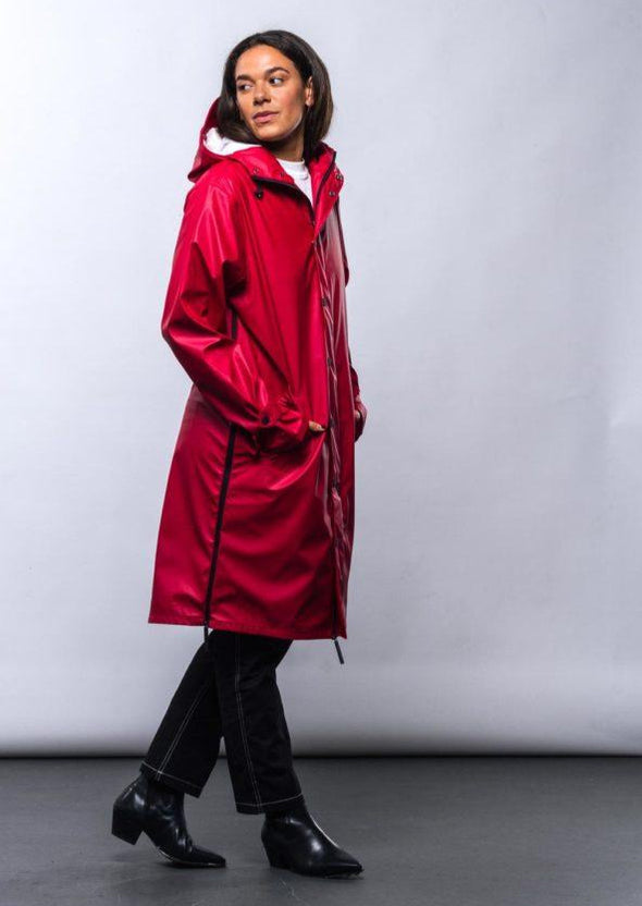 MAIUM Raincoat • Original dark red