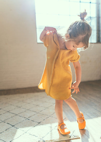 harvestclub-harvest-club-leuven-mundo-melocoton-dress-short-sleeve-tetra-kids-curry