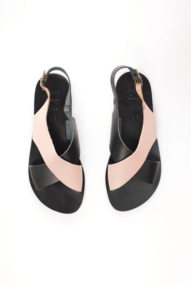 harvestclub-harvest-club-leuven-nulla-nomen-cross-strap-wide-sandal-black-cream